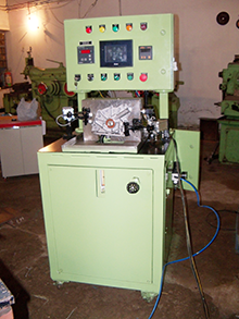 Machine for testing oil pump